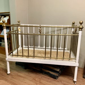Cots & Daybeds
